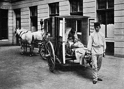 Так выглядела первая карета скорой помощи в Москве - Ускорение «скорой помощи». История транспорта для спасения людей от кареты до... ракеты - Форум Сириус - Торез