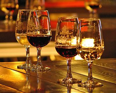 Крепленые вина и ликеры