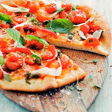 Разница в приготовлении пиццы на тонком и на толстом тесте