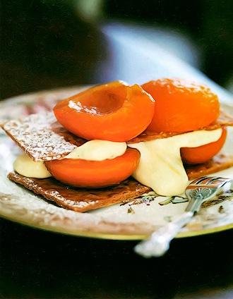 Мильфей с абрикосом - «Наполеон с фруктами» в честь визита императора