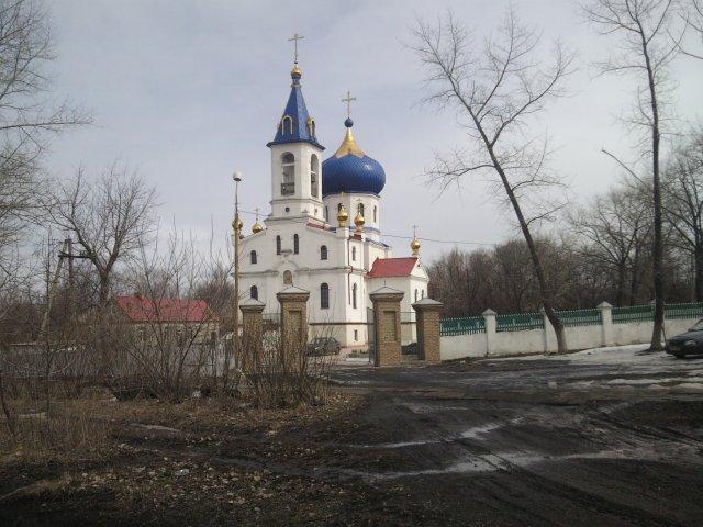 Православный храм - Посёлок шахты 3-БИС. Город Торез