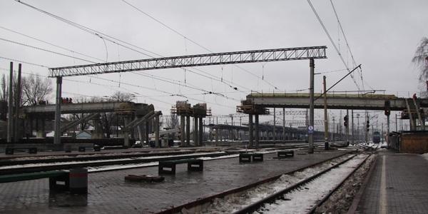 В Донецке по киевскому аналогу появятся наземные переходы - В Донецке идет реконструкция ЖД вокзала - Форум Сириус - Торез