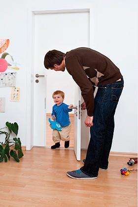 Личная жизнь ребенка. Стучаться ли в детскую? - Форум Сириус - Торез
