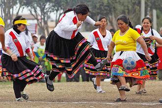 Перуанский женский футбол
