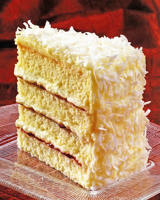 Кокосово-малиновый торт