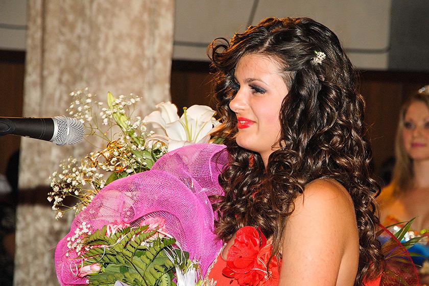 Алина Чумакова - Мисс Торез 2011 - Форум Сириус - Торез