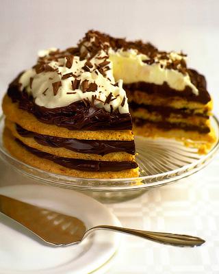 Миндальный торт-безе