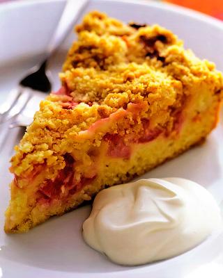 Ревеневый пирог со штрейзелем