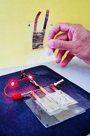 Аккумулятор с углеродными нанотрубками от Технологического института Нью-Джерси - Технология создания гибких устройств