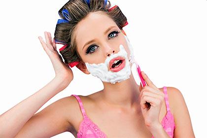 Как женщинам избавиться от волос на лице?