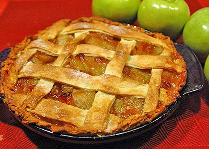 Идеальный яблочный пирог из яблок сладкого и кислого сорта
