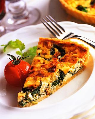 Пирог с козьим сыром и шпинатом