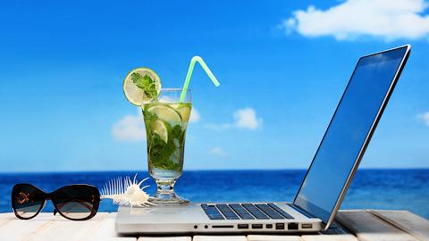 Как не думать о работе во время отпуска?