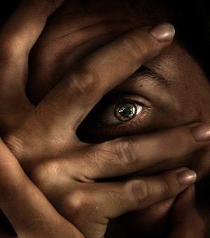 Существует множество психических аномалий, практически не поддающихся лечению методами современной психиатрии