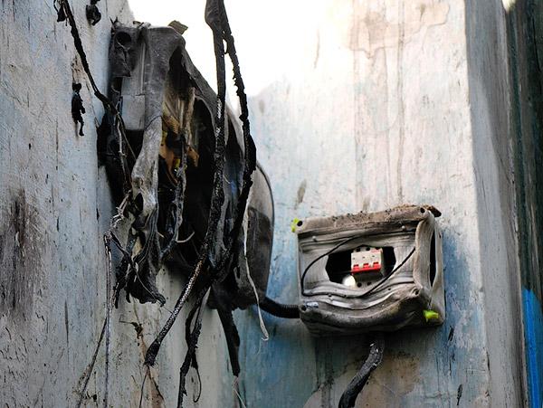 Сгоревший электрощит - Пожар на улице Ленина 6 сентября 2012 года - Форум Сириус - Торез