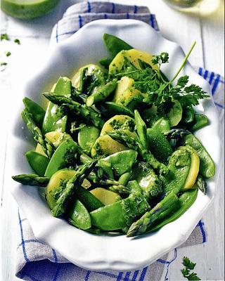 Картофельный салат с зеленым горошком и спаржей - Зеленый горошек