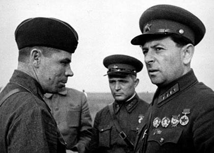 «Боевой путь» Льва Захаровича Мехлиса и Сталин