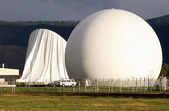 База радиоэлектронного слежения Вайхопаи в Новой Зеландии - Зачем английские спецслужбисты фильтруют Интернет по системе «Эшелон»