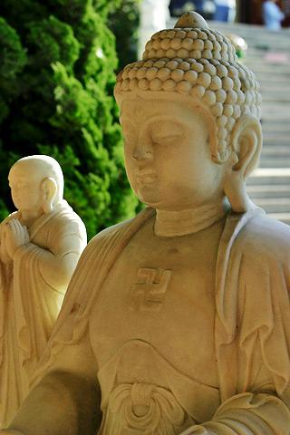 Свастика на скульптурах Будды в Индии, Таиланде, Гонконге