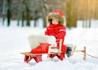 Зимние прогулки с малышом на свежем воздухе - залог здоровья