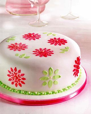 Ореховый глазированный торт