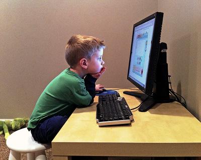 Сколько ребенку можно сидеть за компьютером?