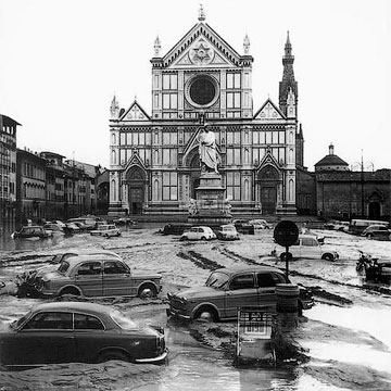 Флоренция под водой