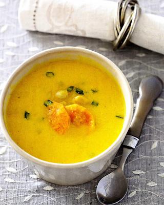 Пряный суп из моркови с фасолью