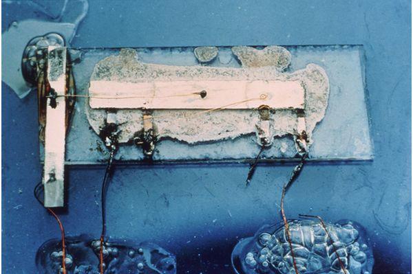 Пример первой работоспособной модели интегральной микросхемы - Как изобрели интегральную схему - Форум Сириус - Торез