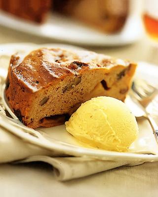 Яблочный кекс с пеканом