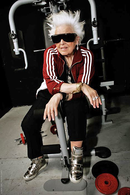 Многие в 70 уже подводят итоги, а для Рут Флауэрс начался новый период, новая жизнь - DJ Mamy Rock: Бабушка-диджей - Форум Сириус - Торез