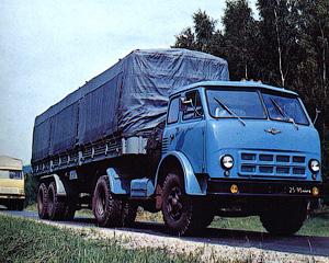 Первые «бескапотники» - Автомобиль МАЗ-500