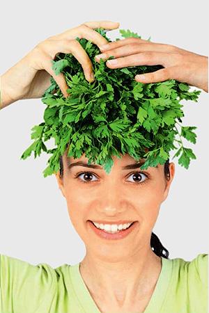 Лютеолин - содержащийся в сельдерее защищает клетки мозга и кожи