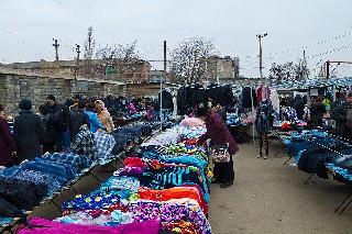 Каждую неделю к нам приезжают клоуны Молдованский рынок на 3 микрорайоне Торез