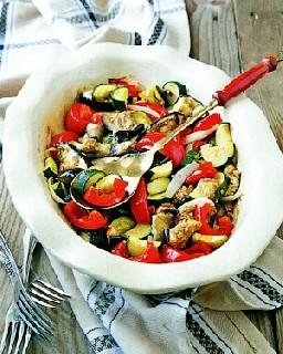 Гарнир из запеченных овощей