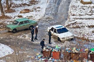 Машины выбросили в мусорник