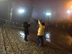 Леша Куст в роли оператора Снегурочка Встреча Нового 2012 года на центральной площади Тореза