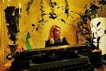 Подготовленный в Москве специалист сидит в своём кабинете  в здании угольной администрации города Carolyn Drake фоторепортаж о Торезе World Press Foto 2007